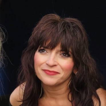 Nancy McAnally (Ges.)